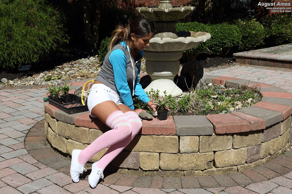 August Ames - August Ames Spreading, Gaping, Labia Stretching