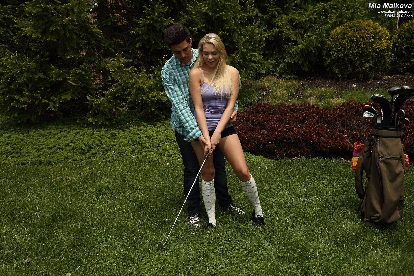 Mia Malkova - Mia Malkova Gets Naked for Her Golf Coach