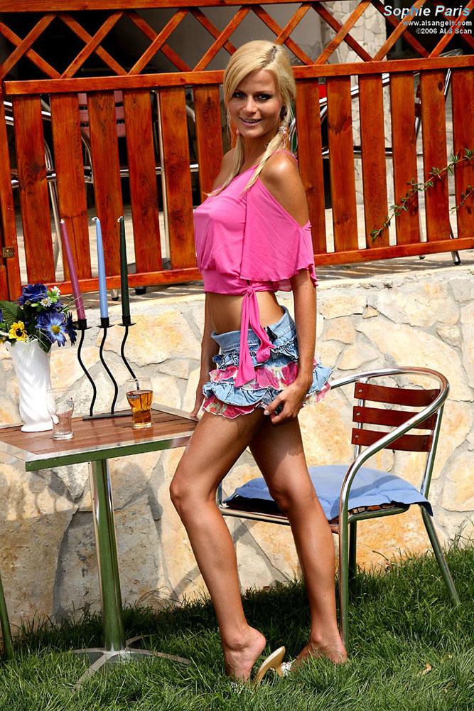 Sophie Paris - Sophie Paris Stuffs Her Panties Then Gets Fisted
